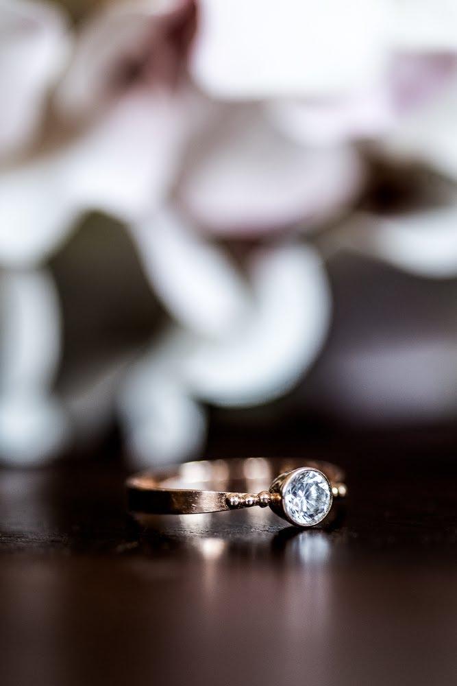 Makrofot von einem Ehering